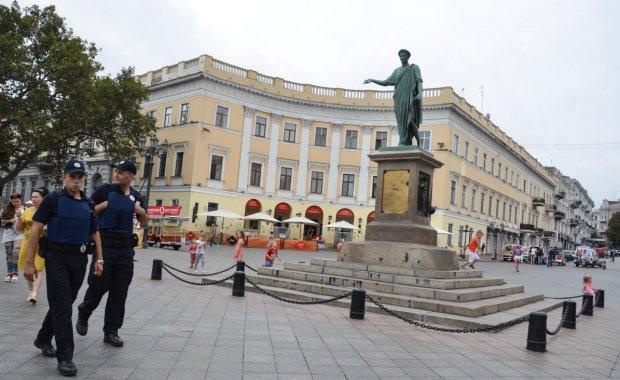 """В Одессе гремит международный скандал: дружки Труханова поставили крест на """"многолетней дружбе"""""""