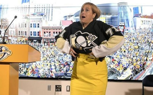 НХЛ: Мер Нешвілла програла парі і одягла светр Піттсбурга