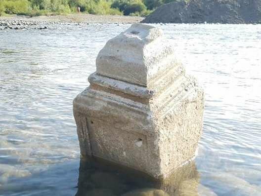 """В реке под Тернополем нашли подводное кладбище: """"Ничем не брезговали"""""""