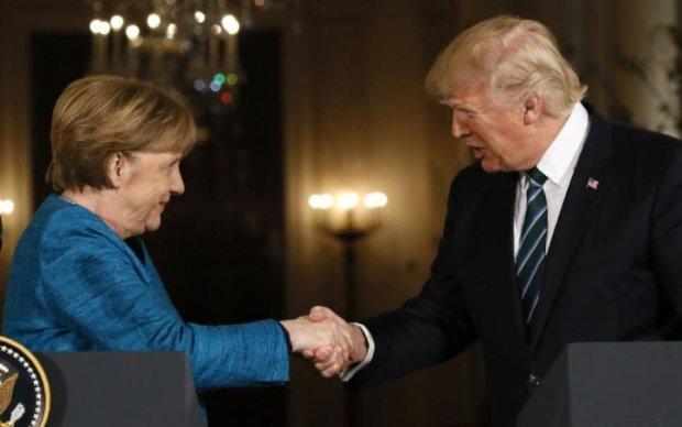 Трамп і Меркель разом пораділи висилці путінських дипломатів