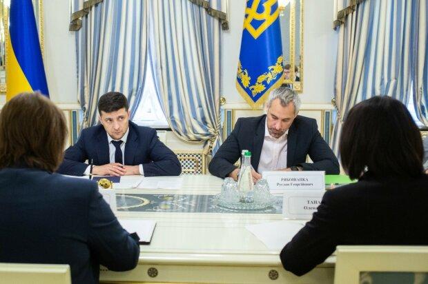 Возвращение политзаключенных в Украину: у Зеленского опровергли информацию, детали