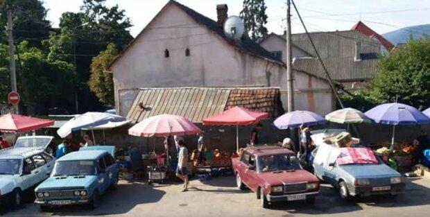 У Сваляві містяни скаржаться на порядки на місцевому ринку, фото goloskarpat.info