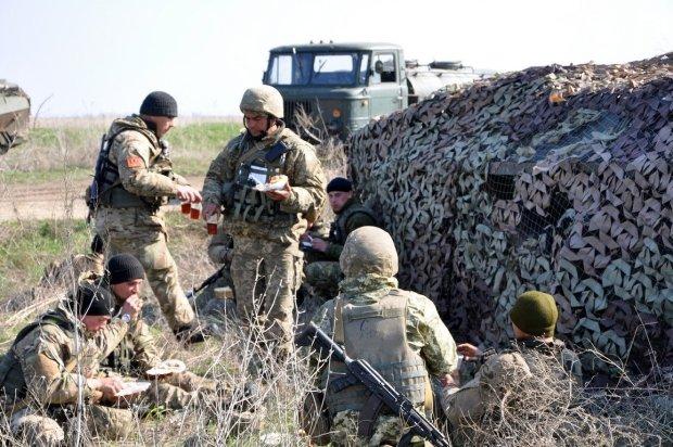 """Українські військові показали, як """"покарають"""" Путіна: епічні фото"""