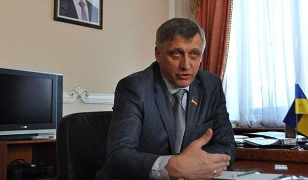 Порошенко звільнив трьох губернаторів