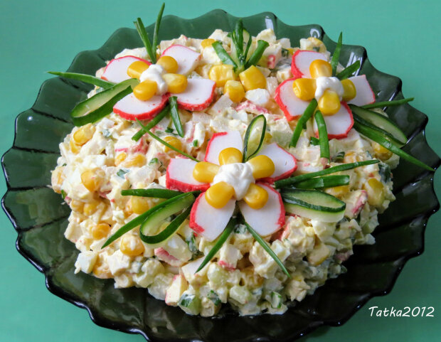 крабовий салат / фото: Facebook