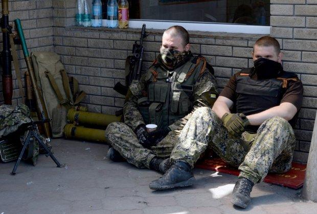 Пекельні бої у Донецьку потрапили на відео