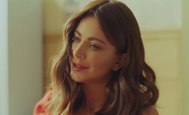 """Ани Лорак, скрин из клипа """"Новый бывший"""""""