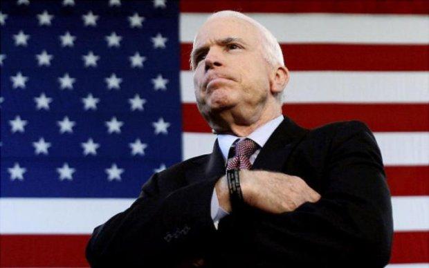 Символ борьбы: Маккейн поразил своей самоотверженностью