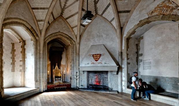 В лондонском Тауэре нашли останки времен Тюдоров: чьи тела скрывала крепость столько веков, фото