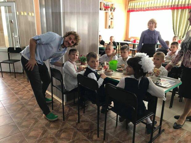 Евгений Клопотенко в школьные столовые, фото Instagram