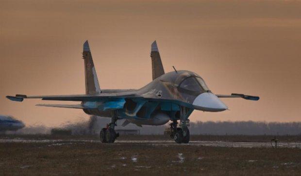 Новітній російський бомбардувальник перекинувся при посадці