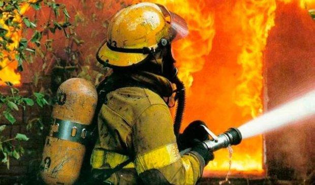 Как выглядит тушение пожара от первого лица (видео)