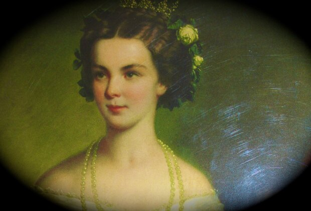 Довге волосся і осина талія: секрети краси прекрасної імператриці Сіссі