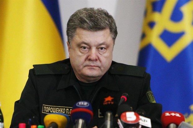 Голова охорони Порошенко розповів, скільки разів робили замах на президента