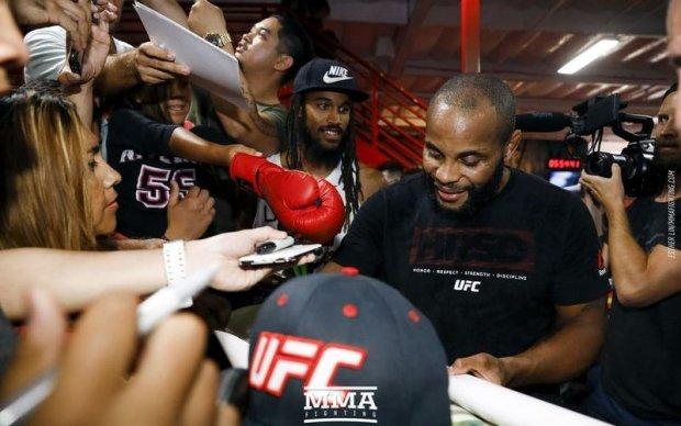 UFC 214: Найкращі фотографії відкритого тренування