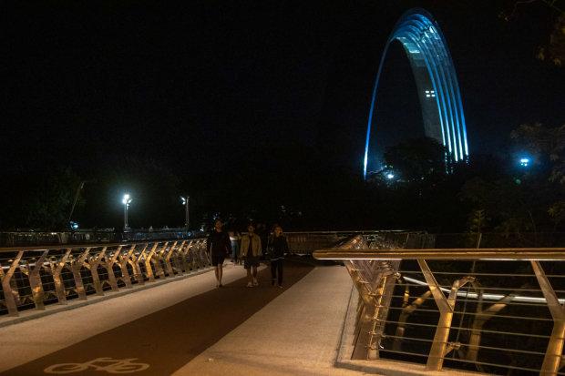 Лунное затмение 16-17 июля в Киеве: как это было, кадры невероятной красоты