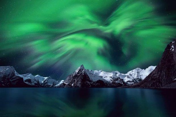 Чудеса природы: где и когда можно увидеть северное сияние