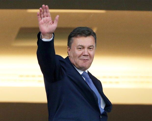 """У Януковича святкують через рішення суду: """"Порушено цілий ряд кримінальних справ"""""""
