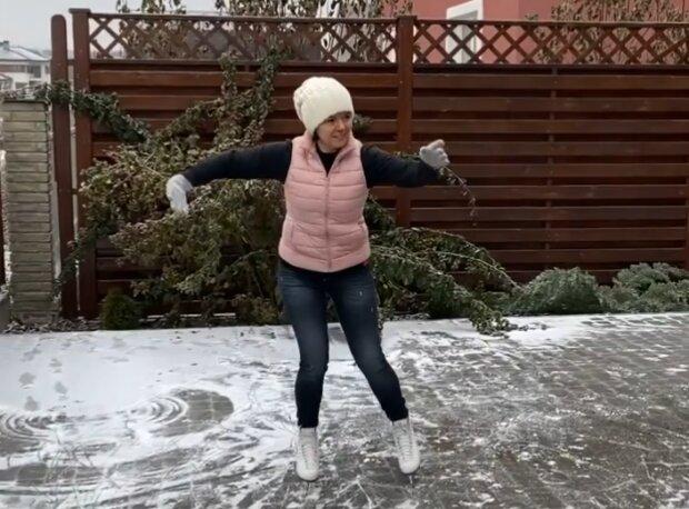 """Телеведущая 1+1 Маричка Падалко зажгла на коньках, настоящая фигуристка: """"Поскользим?"""""""