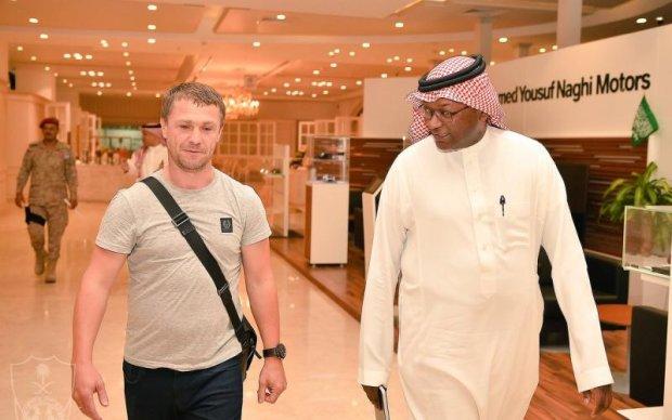 Ребров прилетів до Саудівської Аравії і зустрівся з керівництвом нового клубу