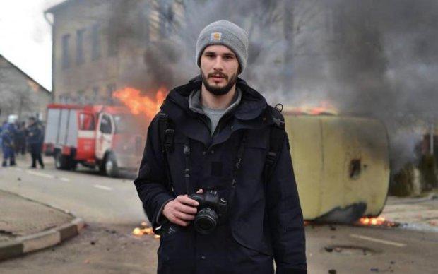 Легендарный фотограф после тяжелой травмы снова вернулся на Донбасс