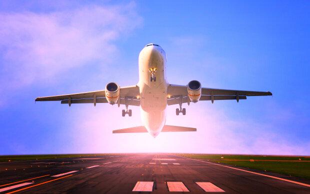 Авиарейсы из Запорожья переместят в аэропорт Днепра: что делать, если уже приобрел билет
