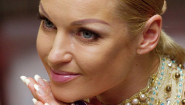 Волочкова заморила залицяльника голодом: не дала скуштувати навіть в день народження
