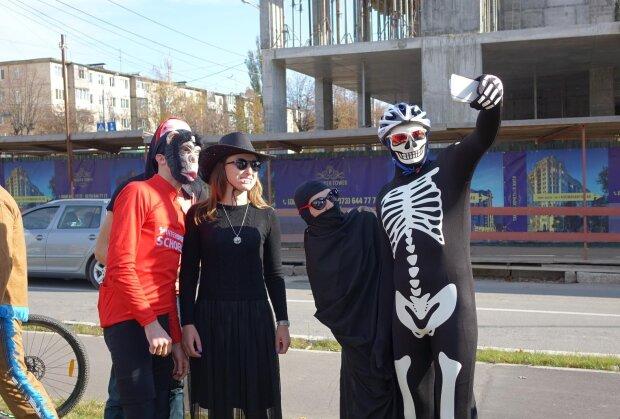 """У Вінниці Хелловін відсвяткують """"забігом зомбі"""": готуйте костюми та кросівки"""