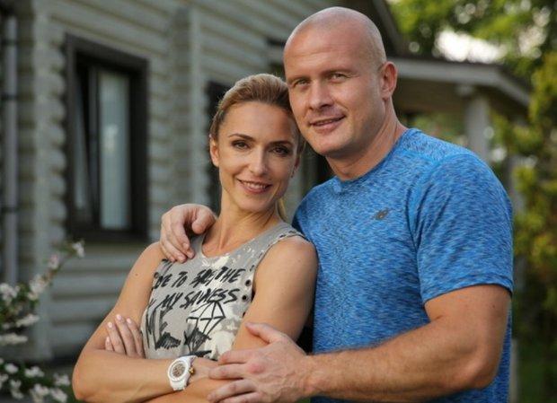 Узелков откровенно рассказал о разводе с женой: я очень виноват