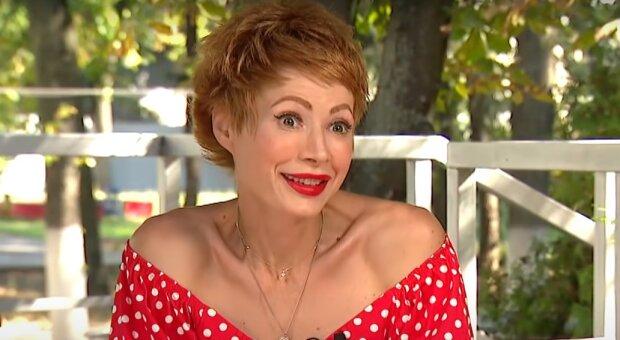 Олена-Крістіна Лебідь, скріншот з відео
