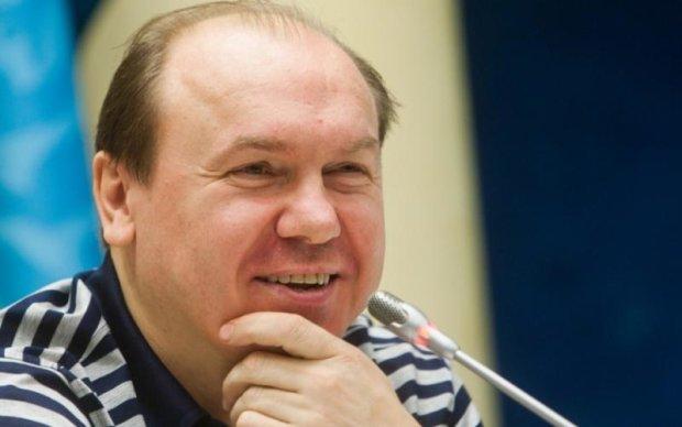 Футбольный эксперт рекомендует вместо Реброва трех известных тренеров