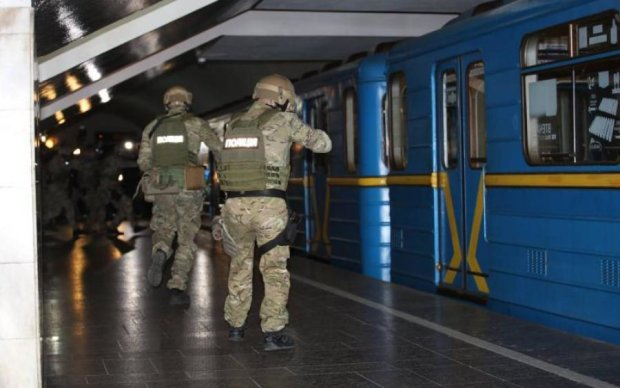 Четверо против двух: безнаказанное месиво в киевском метро