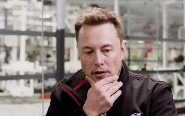 Деньги вместо горючего: компания Маска с космической скоростью сжигает кэш