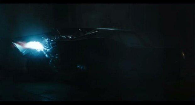 Новый Бэтмобиль, скриншот видео