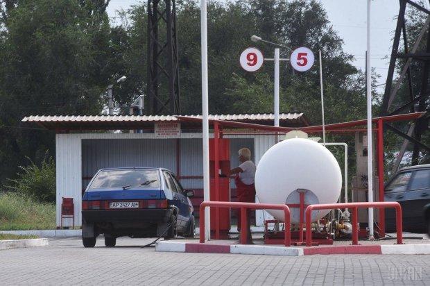 Все деньги – в бак: цена автогаза побила исторический рекорд, украинцы отходят от шока