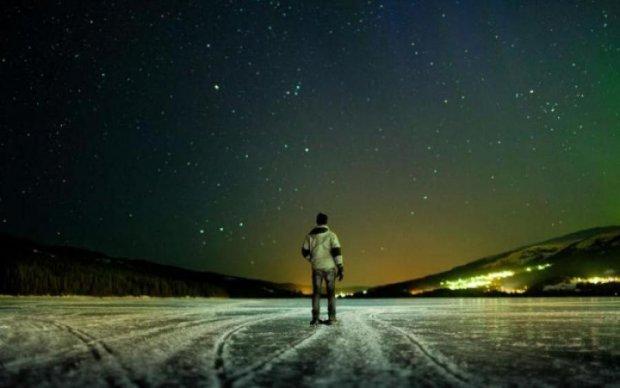 Дивний об'єкт у небі над Закарпаттям налякав українців: фото