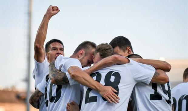 луганчани вийшли в плей-офф Ліги Європи
