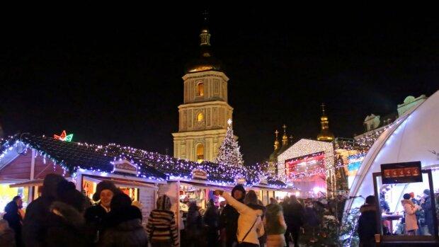 Новий рік у Києві: де зловити Діда Мороза та скуштувати смачний глінтвейн, - афіша найяскравіших подій