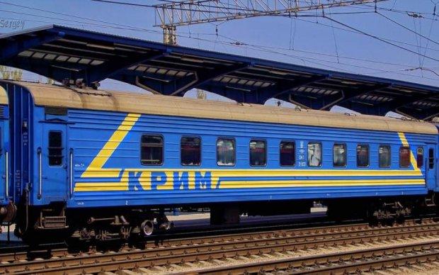 У Порошенко заговорили о запуске поезда в аннексированный Крым