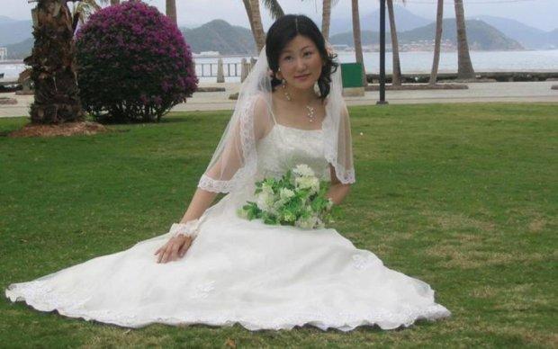 Наречену підпалили у весільній сукні: відео