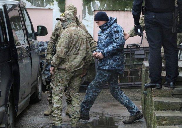 Окупанти заарештували ще одного українського моряка, він не змовчав
