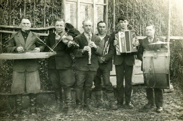 """Музиканти, фото """"Локальна історія"""""""