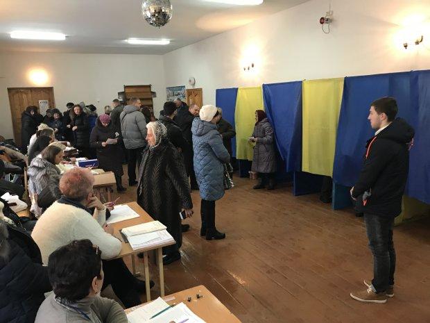 Сколько украинцев на самом деле проголосует на выборах: 35 или 25 миллионов