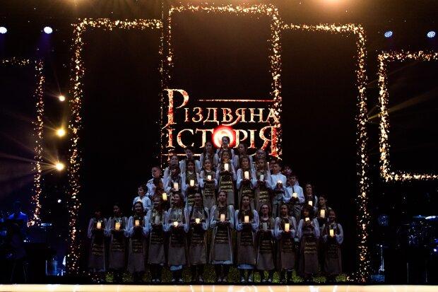 """""""Жіночий квартал"""" добрався до судженого Кароль, а Мішель Андраде вперше заспівала на ковзанах: що витворяли зірки на """"Різдвяній історії"""""""