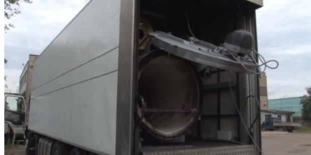 На Донбас привезли сім мобільних крематоріїв