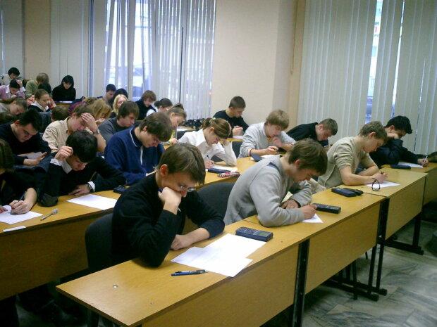Украинских школьников заставят сдавать еще одно ВНО: какой предмет станет обязательным