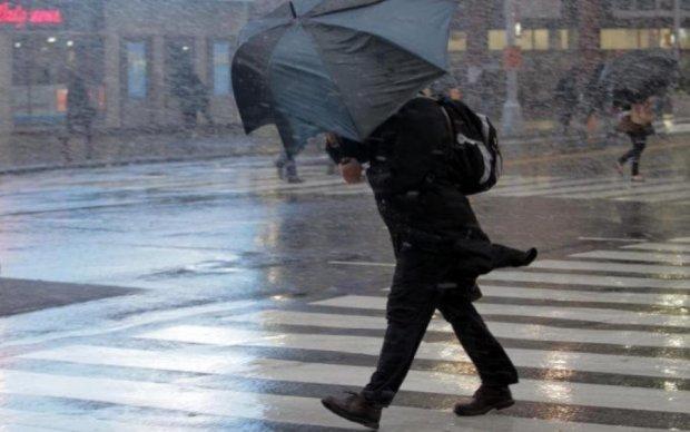 Не выходите из дома! Война циклонов грозит Украине