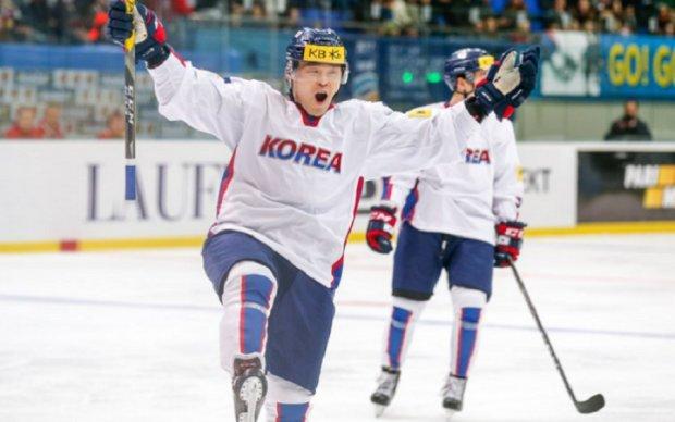 Чемпіонат світу з хокею: Південна Корея і Казахстан розпочинають турнір з перемог
