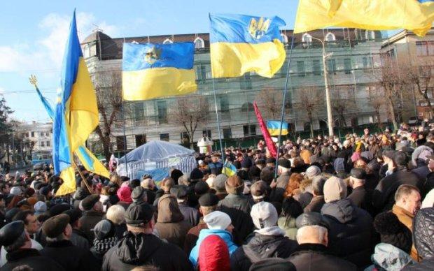 Українцям нагадали про фундаментальне право всіх вільних народів