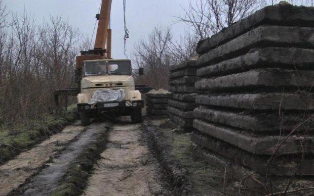 Поки українці вмирають на Донбасі, на Житомирщині розпродають спетехніку